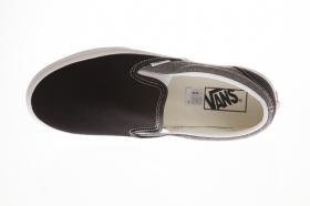 U Buty Classic Slip-On (CHAMBRAY) CANVAS Black VN0A38F7VJ61 VANS
