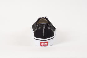 U AUTHENTIC black