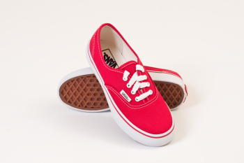 K AUTHENTIC red